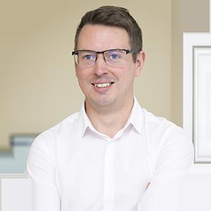 Chris_Hoar_ApexCB_Financial_Planning_Poole_Dorset